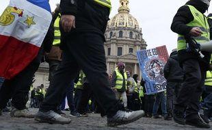 Les «gilets jaunes» ont manifesté à Paris le 19 janvier 2019 au départ de l'esplanade des Invalides