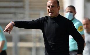 Michel Der Zakarian va devenir le nouvel entraîneur du Stade Brestois.