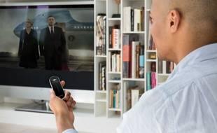 La Smart Remote de Sevenhugs innove grâce à la géolocalisation indoor.