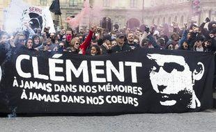 Rassemblement et manifestation contre le fascisme et l'homophobie suite à l'agression et la mort de Clément Méric, le 23 juin 2013 à Paris.