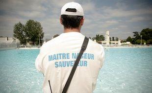 Illustration de maître nageur à la piscine Nakache, le 23/08/2011 Toulouse