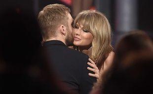 Calvin Harris et Taylor Swift à Las Vegas en mai 2015