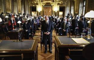 Le Premier ministre français Jean Castex assiste à la cérémonie officielle de la première audience de la Cour de cassation de l'année au palais de justice de Paris, le 11 janvier 2021