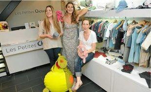 Mélissa (à droite), la responsable de la boutique «Les petites choses», et son équipe .
