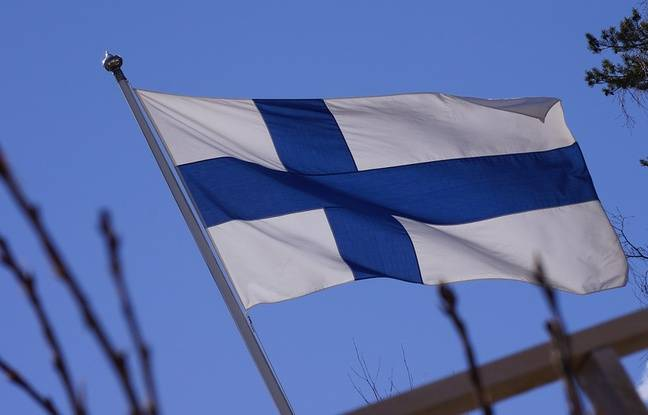 648x415 drapeau finlande