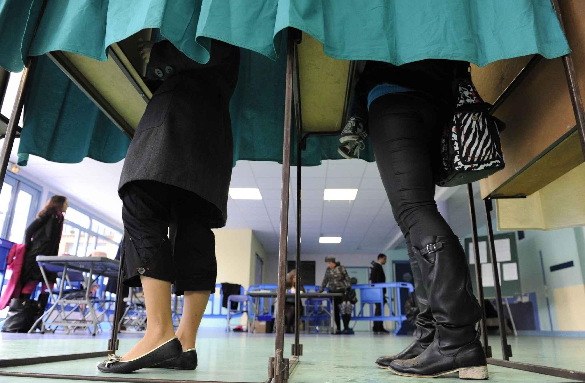 Elections r gionales le scrutin se d roulera le 6 et le for Ouverture bureau vote 13 decembre