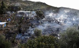 Un incendie s'est déclaré dans un camp de réfugiés de Samos, en Grèce, lundi 2 novembre 2020.