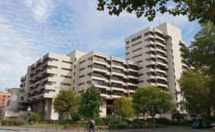 Situé près de la gare de Lille-Flandres, Le Forum doit être détruit.