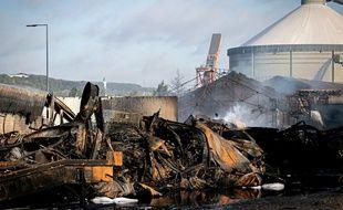 La préfecture de Seine-Maritime a annoncé mardi soir que 5.253 tonnes de produits chimiques avaient été détruits  dans l'incendie de l'usine Lubrizol.