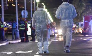 On en sait plus sur l'identité de l'auteur de l'attentat de Nice jeudi soir sur la promenade des Anglais.