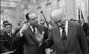 - 1978-1981: ministre du Budget (gouvernement Barre sous la présidence de Giscard d'Estaing)