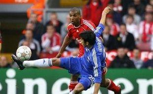 Chelsea est en bonne position pour réussir avec Avram Grant ce qu'il n'a jamais fait avec son prédécesseur charismatique, Jose Mourinho: se qualifier pour la finale de la Ligue des Champions.