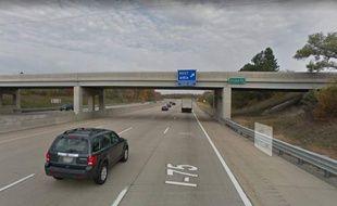 Les cinq adolescents, qui jetaient des pierres depuis ce pont, dans le Michigan. ont tué un homme de 32 ans.