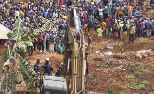 Un glissement de terrain est survenu à Bafoussam, au Cameroun, le 29 octobre 2019.