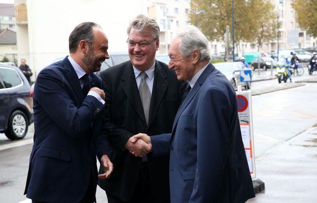 Edouard Philippe, Jean-Paul Delevoye et Jacques Pélissard lors du déplacement du Premier ministre à Lons-Le-Saunier le 17 octobre 2019.