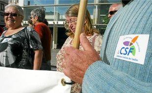 Ces habitants du 9e, présents hier au tribunal, étaient en conflit avec la Sacvl depuis 2 ans.