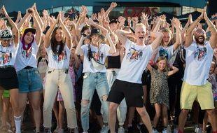 Des TikTokeurs en plein challenge en Lituanie en 2020