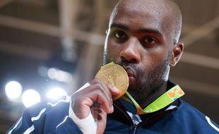 Le judoka Teddy Riner a remporté une 2e médaille d'or olympique aux JO Rio.