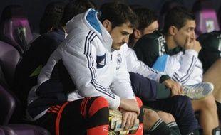 Lionel Messi et Barcelone ont fait honneur à leur entraîneur Tito Vilanova, opéré jeudi après une rechute de son cancer, en allant battre Valladolid 3-1 samedi grâce au 26e but en Liga de l'Argentin, le leader barcelonais reléguant à 16 points le Real Madrid, battu à Malaga 3-2, sans Iker Casillas, laissé sur le banc par José Mourinho.