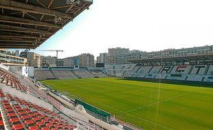 Une fois agrandi, ce stade de centre-ville permettra de ne plus délocaliser les matchs à Marseille ou à Nice.