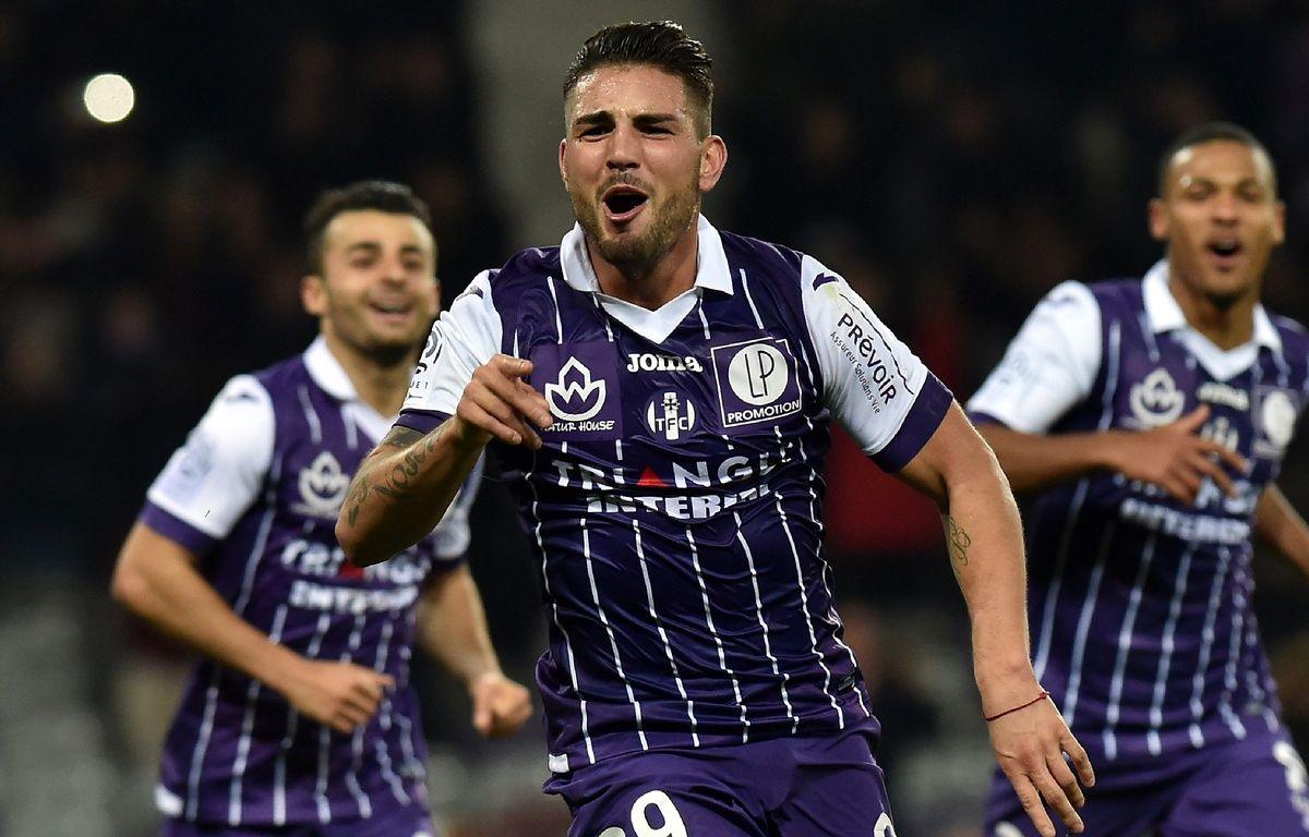Andy Delort, l'attaquant du TFC, après un but inscrit contre Bastia en Ligue 1, le 11 février 2017 au Stadium de Toulouse. – R. Gabalda / AFP