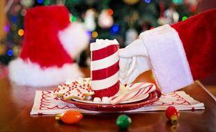 Chaque année, des bénévoles participent à des réveillons de Noël solidaires.