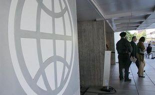 La Banque mondiale a publié mardi une longue étude indiquant que l'un des principaux problèmes économiques des Européens était qu'ils travaillaient trop peu, ce qui leur pose des problèmes de compétitivité.