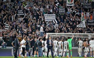 Les Ultras de la Juve au Juventus Stadium.