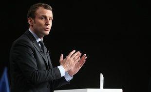 Emmanuel Macron en meeting à Reims, le 17 mars 2017.