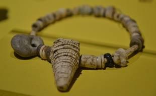 Un collier du néolithique découvert à Montpellier.