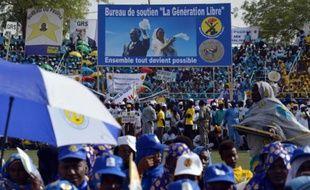 Des soutiens du président sortant Idriss Déby, lors d'un meeting de campagne le 8 avril 2016