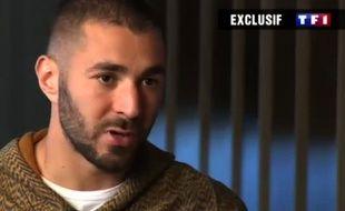 Karim Benzema lors de son interview sur TF1 le 2 décembre 2015.