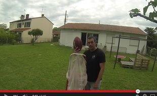 Cédric Serres a envoyé un ballon de football américain à l'aveugle, dans un filet situé 26 mètres plus loin, à Toulouse.