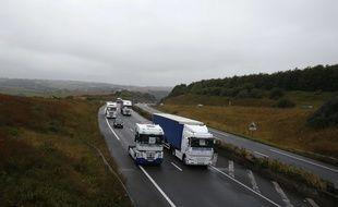 Des camions près de Calais (illustration).