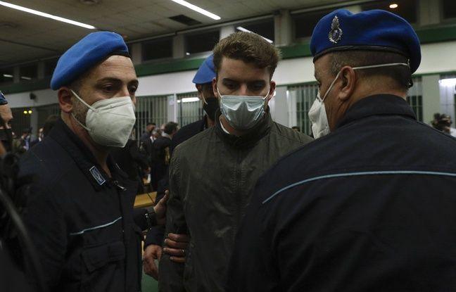 648x415 gabriel natale hjorth escorte deux policiers pendant proces rome mai 2021