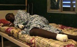 Les premières images de victimes d'amputations pratiquées par les islamistes à Gao, dans le nord du Mali, ont été diffusées vendredi par l'AFP, qui s'est procuré une vidéo tournée sous le contrôle des islamistes dans un hôpital de cette ville le 11 septembre.