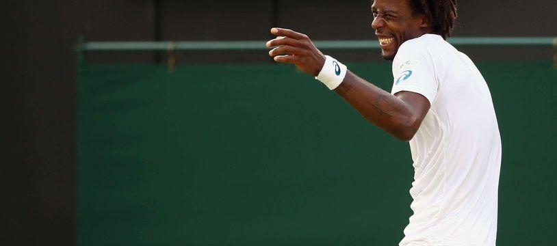 Gaël Monfils en plein fou rire lors du 2e tour de Wimbledon contre Adrian Mannarino, le 2 juillet 2015.