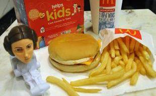 """Une boîte """"Happy meal"""" de McDonalds, 13 octobre 2010"""