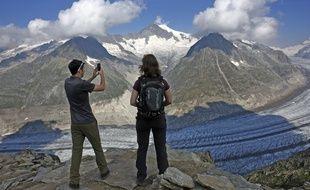 Le plus grand glacier des Alpes se trouve en Suisse et mesure 23 kilomètres de long.
