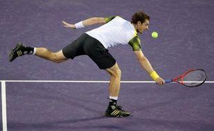 Andy Murray va redevenir N.2 mondial s'il remporte un deuxième titre au Masters 1000 de Miami (dur), dimanche (16h30 GMT) en finale face à l'Espagnol David Ferrer, dans ce qui s'annonce comme une guerre de tranchées entre deux joueurs de même profil.