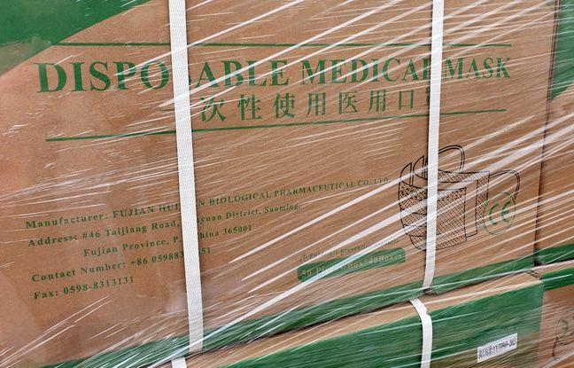 Transport de masques et de gel hydroalcoolique par les militaires de l'opération Résilience.