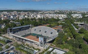 Le court Suzanne-Lenglen vu du ciel, à Roland-Garros, le 22 juin 2016.