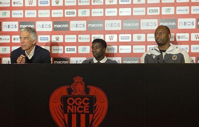 Moussa Wagué a été présenté à la presse lundi 3 février 2020, aux côtés de Jean-Pierre Rivère et Patrick Vieira, président et entraîneur de l'OGC Nice