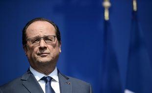 Le président français François Hollande le 8 juin 2016 à Chatillon, en France