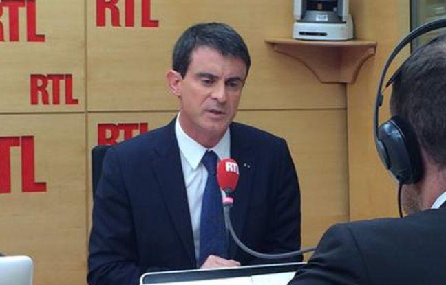 Capture d'écran de l'interview du Premier ministre Manuel Valls sur RTL le 16 février 2015 à Paris.