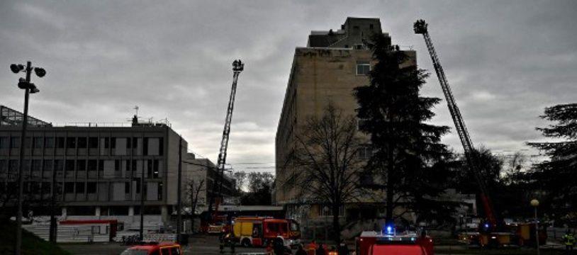 A la suite d'une violente explosion, 800 personnes ont été évacuées du campus de la Doua à Villeurbanne.