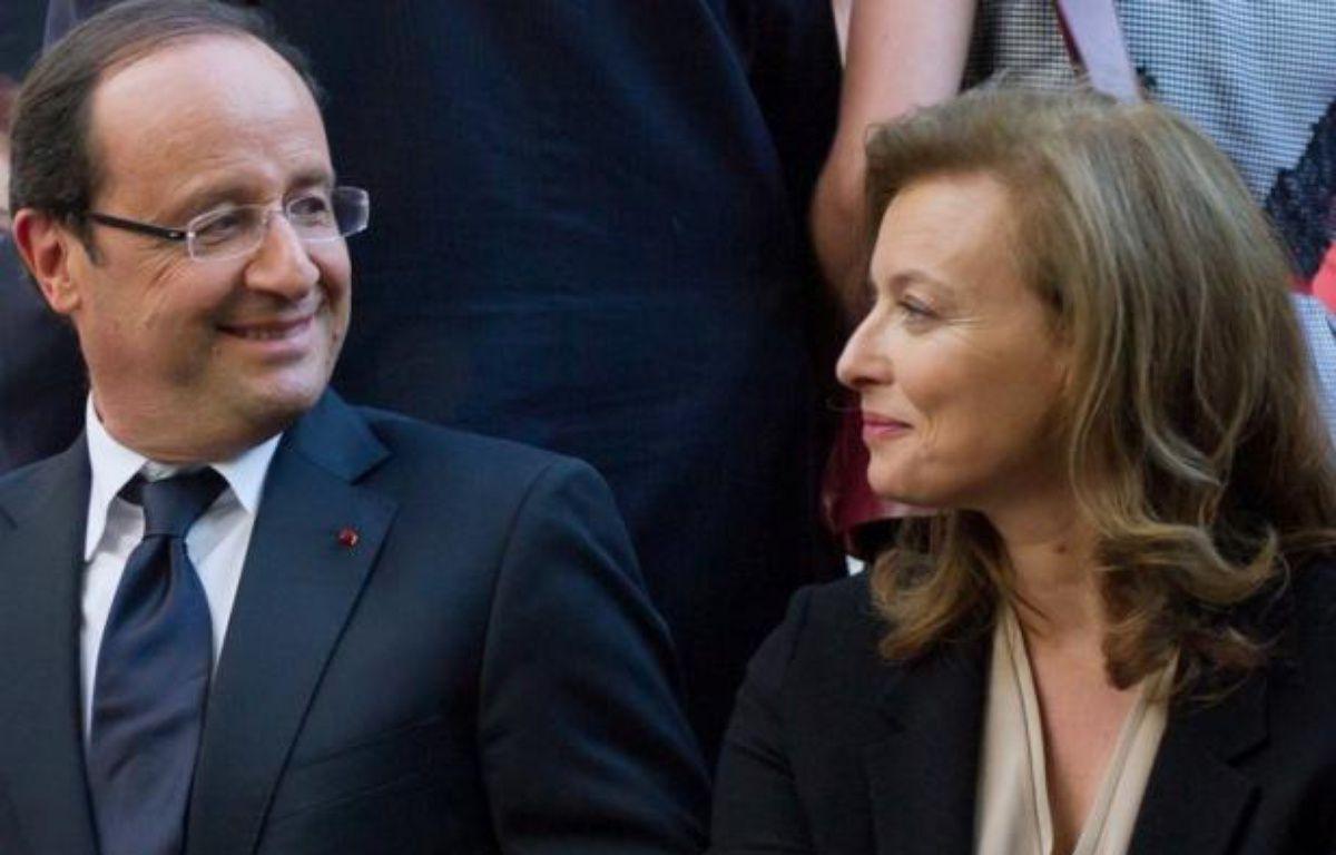 """Valérie Trierweiler a recommencé à tweeter dimanche pour saluer le discours de son compagnon François Hollande lors de la cérémonie de commémoration de la rafle du Vél d'hiv, qualifié de """"très émouvant"""". – Bertrand Langlois afp.com"""