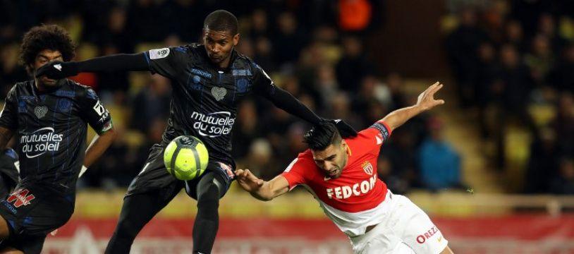 Monaco mène 1-0 contre Nice à Louis-II.