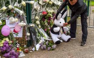 Un mémorial a été érigé le 29 avril 2018 à Wambrechies, où vivait Angélique, 13 ans, qui a été tuée.