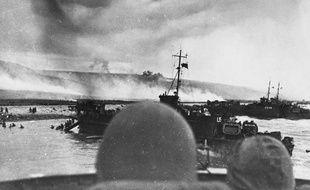 Des navires américains près d'Omaha Beach, le 6 juin 1944.